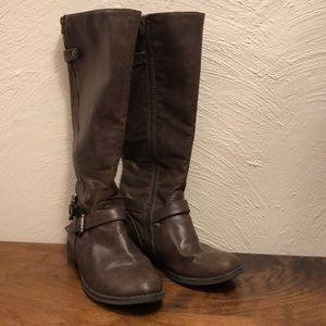 Shoes - Brown riding boots zipper below knee